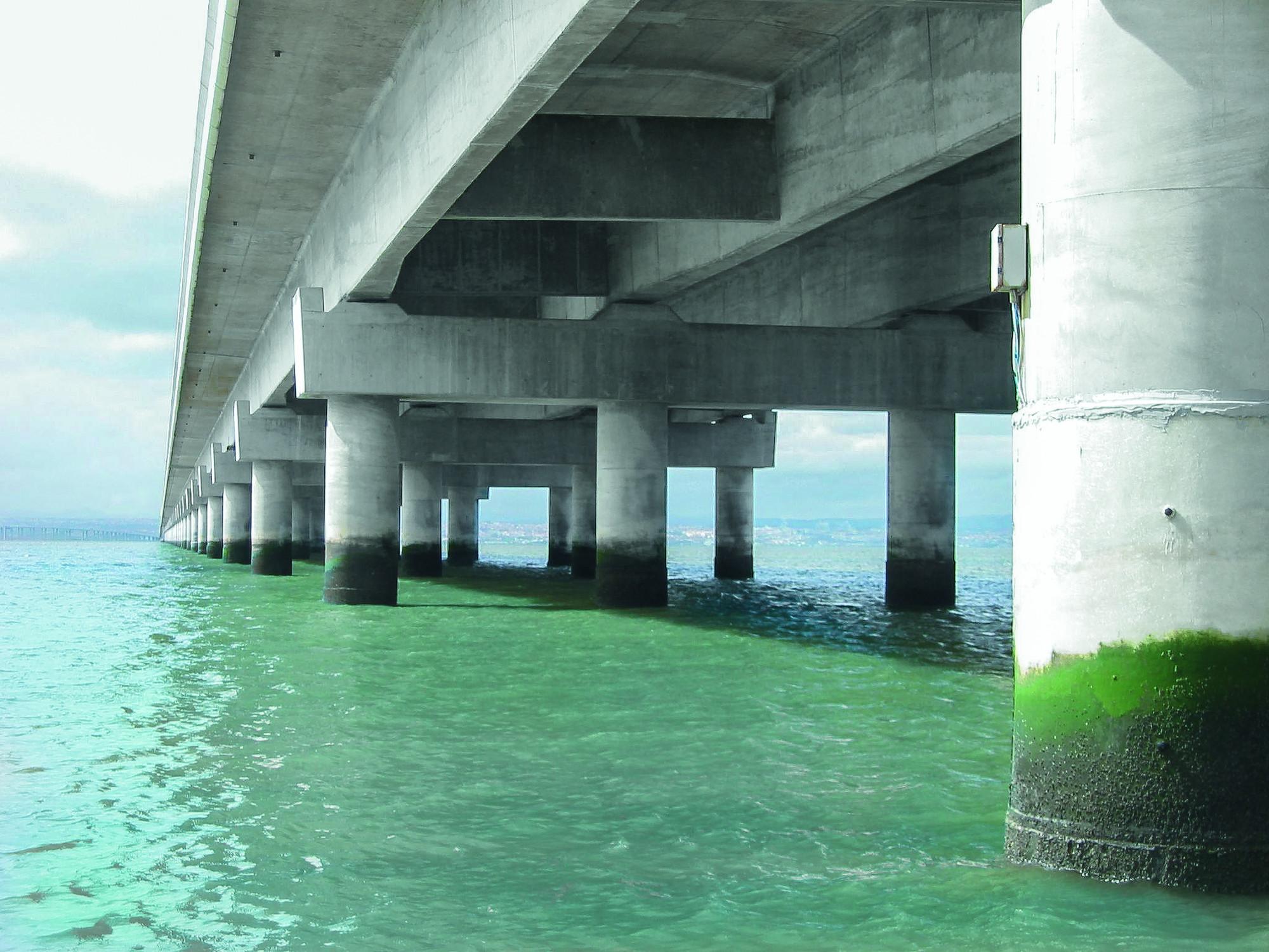 RS573_Repaired Bridge2-lpr